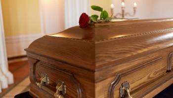 ACESF determina mudanças em funeral durante a pandemia de coronavírus