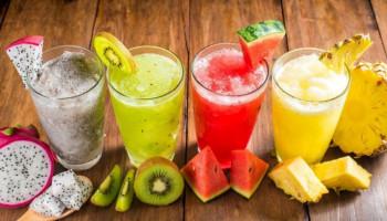 10 sucos que aumentam a imunidade para beber quando você está doente